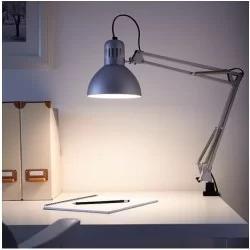 Сучасні настільні лампи Brille