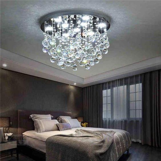 Люстра з пультом для освітлення спальні