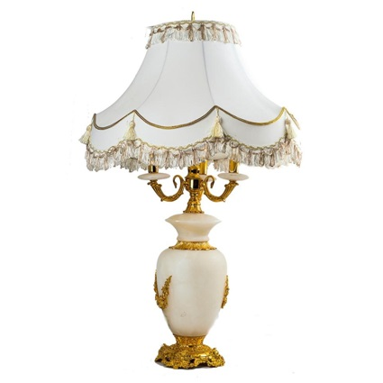 Лампа настольная классика