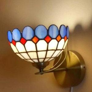 Купити настетенние світильники тіффані