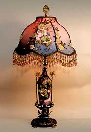 Купить старинную настольную лампу