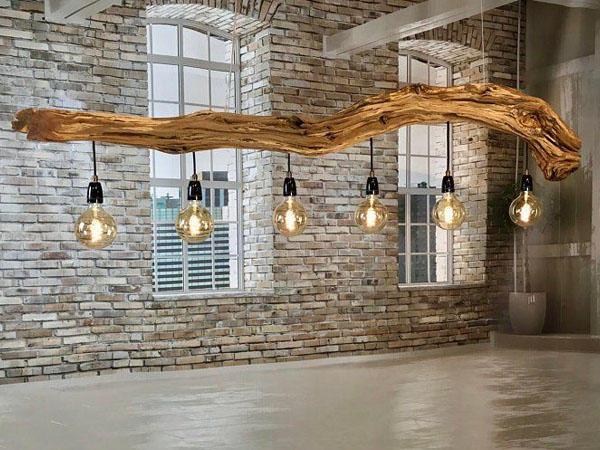 Филаментная лампа в интерьере кантри