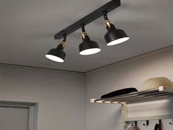 светильники споты в интереьере фото с примером