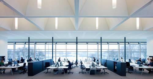 ідеальне офісне освітлення
