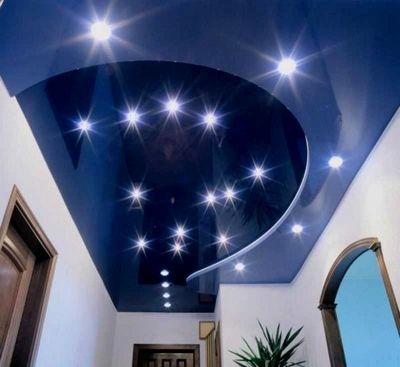 врезные точечные светильники фото в интерьере