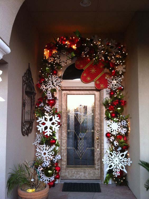 Декорирование дверных проемов гирляндами